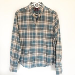 UNTUCKit Flannel Size Small